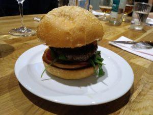 hamburguesa taberna el papagayo de Zaragoza